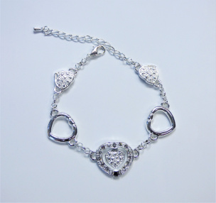 Armband mit Swarovski Kristallen versilbert
