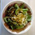 Salat mit Honig-Senf-Soße